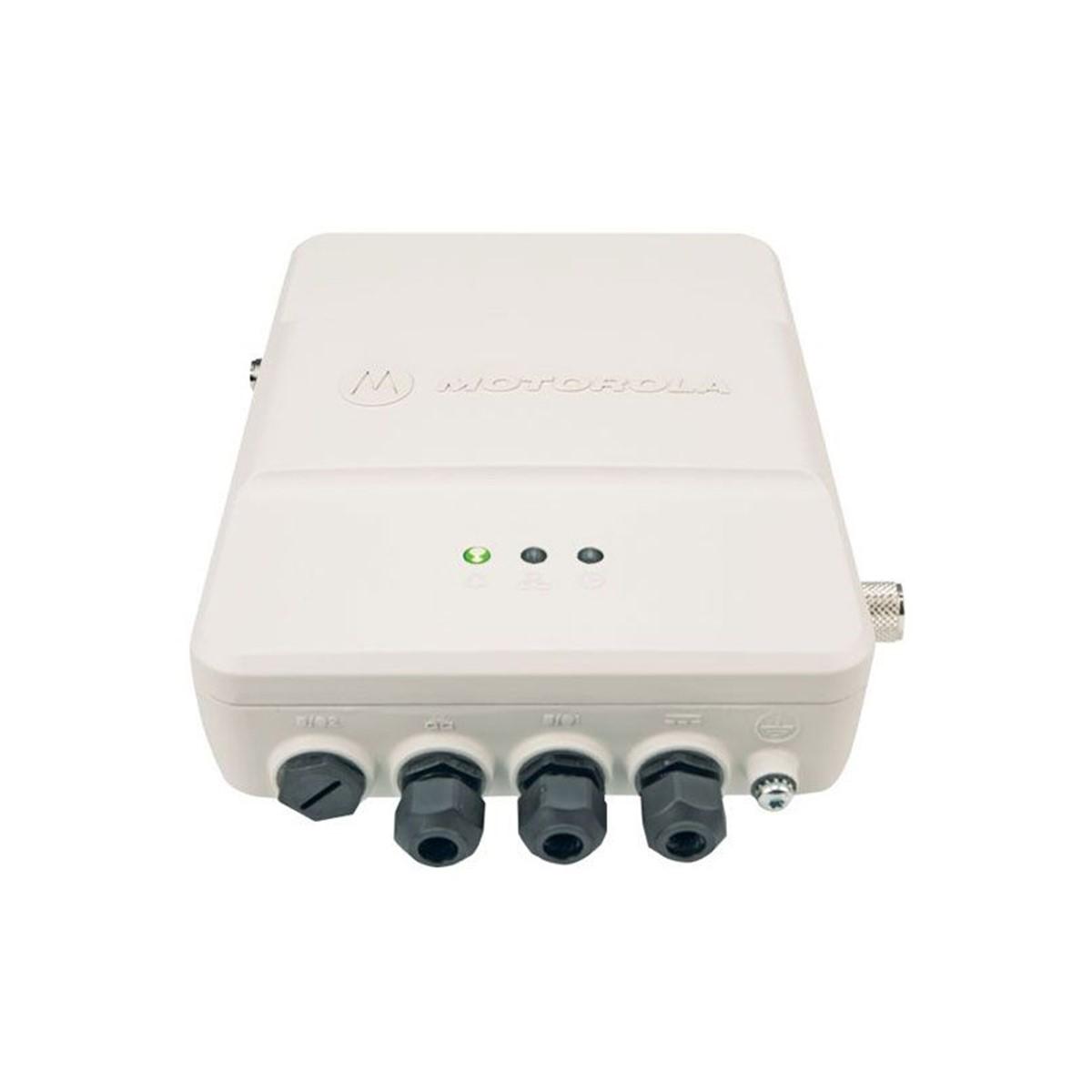 Repetidora Motorola SLR1000 Digital LAR11SDGANQ1AN UHF 400-527 MHz